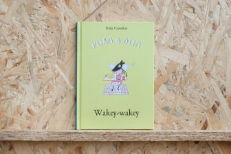 Poka and Mia: Wakey-wakey
